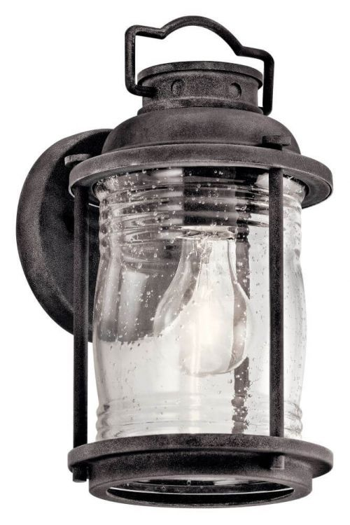 Outdoor Colonial Wall Sconce in Black